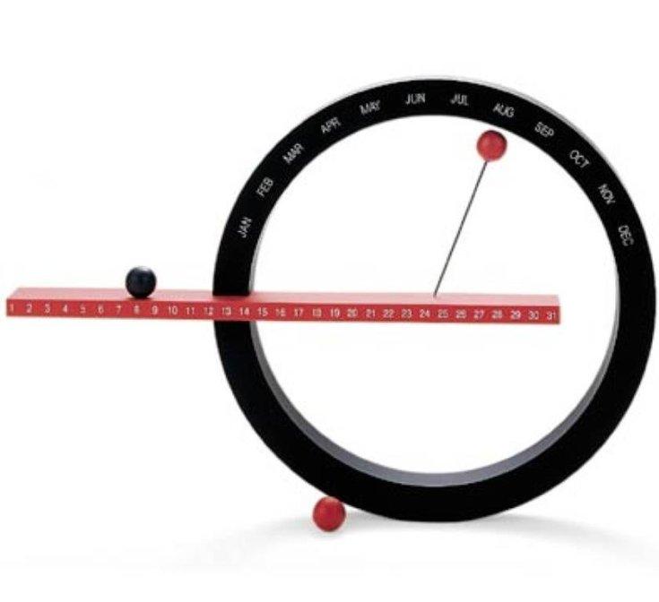 minimal circle calendar
