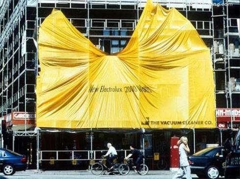 Electrolux edificio publicidad